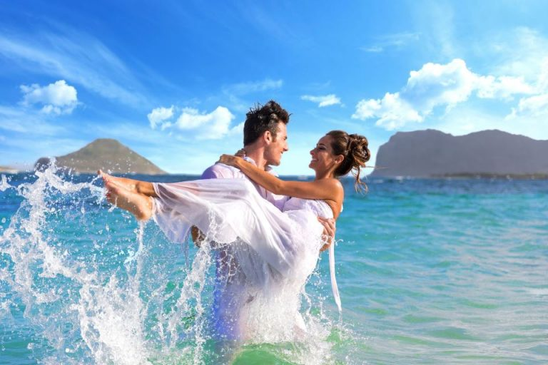 How much does a wedding event in Santorini cost?
